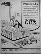 PUBLICITÉ 1927 ASPIRATEUR DÉPOUSSIÉREUR ELECTRO-LUX - DESSIN DE THÉO ROGER