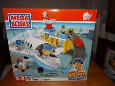 MEGA BLOKS, BLOK TOWN, AIRPORT, KIT #371, NEW IN BOX, 35 PIECES, 2011