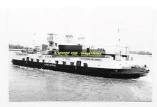 rp02159 - Woolwich Ferry - John Burns , built 1962 - photo 6x4