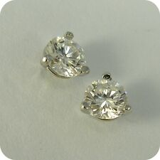 14 carat White Gold Diamond Solitaire Stud Earrings