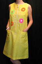 M~L NOS VTG 60s BRIGHT YELLOW LISA SMOCK EMBROIDERED SHIFT Lisanne SUN DAY DRESS