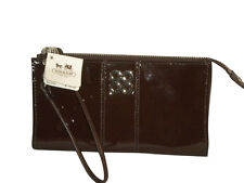 NWT COACH 46726 JULIA PATENT LEATHER ZIPPY WALLET