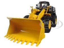 KOMATSU WA900-3 WHEEL LOADER 1/50 DIECAST MODEL BY FIRST GEAR 50-3301