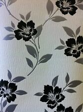 Designer  White Black & Silver  Leaf Feature Floral Wallpaper Blown Vinyl 13904