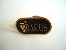 PINS CAVE A VIN BACUS