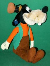 Large Plush Walt Disney Goofy Figure by Applause