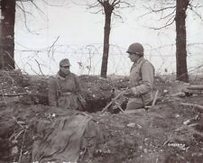 WW2 Photo Captured German Soldier MG42 WWII USA Germany