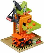 Tomica Town Play Charge Series Tower Crane Construction Site (car not included)