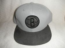 "BROOKLYN NETS ""MITCHELL & NESS""  FITTED HAT (SIZE 7 3/8) NW/TAGS"