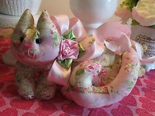 CoLLecTiBLe SHABBY PINK ROSE GARDEN TEA LOUNGING  VaLeNTiNe's  KITTY CaT PiLLow