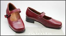 KUMFS WOMEN'S RED MID HEEL SHOES SIZE 10