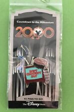 DISNEY DS COUNTDOWN TO THE MILLENNIUM SERIES #94 DAVY CROCKETT 1947 PIN ON CARD