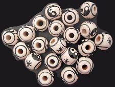20 Peruvian 9 mm CERAMIC ROUND BEADS Yin/Yang, J98