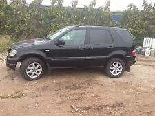 Mercedes ML270 2.7 Diesel Rear Diff All Parts Available.