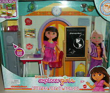 Dora The Explorer Puerto Verde School Nickelodeon doll play set Xmas Toys gift