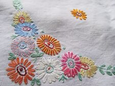 Vintage Hand Embroidered Linen Tablecloth-EXTREMELY PRETTY FLORAL DESIGN