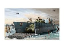 KIT 1/35 TRUMPETER U.S. NAVY LCM (3) LANDING CRAFT COD 00347