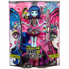 Monster High INNER MONSTER Transformation Doll SPOOKY SWEET / FRIGHTFULLY FIERCE