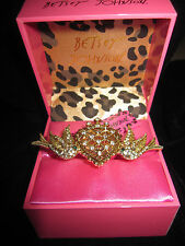 BETSEY JOHNSON ICONIC PINK HEART LOVE BIRD DOUBLE STRETCH RING SIZE  7 1/2 8 1/2
