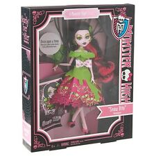 NEW Monster High Scary Tale Doll - Snow Bite