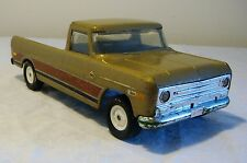Early Ertl International Harvester Pick-Up Truck 60s SUPER RARE PARTS or RESTORE