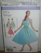 Womens/Misses & Petite Dress & Belt Sewing Pattern/Simplicity 1194/SZ 14-22/UCN