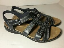 Clarks Black Sandals Womens Casual Walking Shoes Adjustable Strap Size 9 EUC