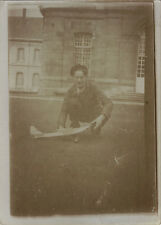 PHOTO ANCIENNE - VINTAGE SNAPSHOT - MODELISME MAQUETTE AVION JOUET - TOY PLANE