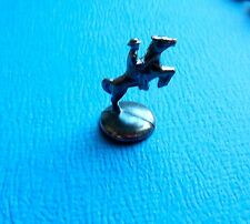 MONOPOLY REPLACEMENT PART TOKEN 2004 - Man on a horse, Horseback rider