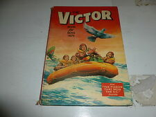 THE VICTOR BOOK for BOYS - Annual - Year 1975 - UK Annual ( Price Tab Intact)