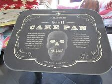Williams Sonoma Nordic Ware Skull cake pan Halloween New