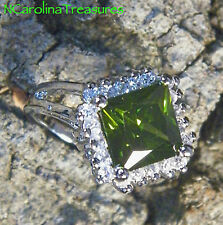 SPARKLY 14K WHITE GOLD FILLED RING OLIVE GREEN PERIDOT CUBIC ZIRCONIA SIZE 7