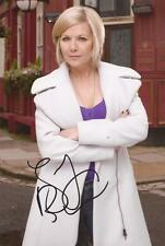 EASTENDERS* GLYNIS BARBER 'GLENDA MITCHELL' SIGNED 6x4 PORTRAIT PHOTO+COA
