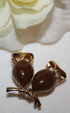 LOVELY TRIFARI SIGNED LUCITE DOUBLE OWL PIN CUTE AND EXCELLENT!!!!