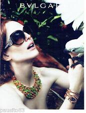 PUBLICITE ADVERTISING  026 2010  les lunettes solaires      BVULGARI