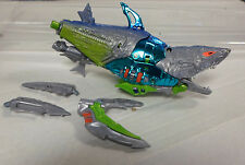 TRANSFORMERS B​east Wars Maximal Cyber Shark  Loose Figure Robot