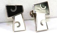 VINTAGE MARGOT DE TAXCO MEXICAN STERLING SILVER BLACK WHIT ENAMEL SCREW EARRINGS