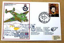 Raf islande expedition 1972 couverture signée par groupe, le capitaine richard McMurtrie