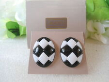 US AVON Vintage Sunsations Retro White Black Pierced Earrings 1987 Jewelry