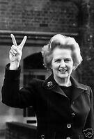Margaret Thatcher Prime Minister V Sign 10x8 Photo