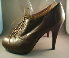 """Brown Leather Bandolino Oxford Lace Wing Tip Pumps 4 1/2"""" Heels 7 1/2M"""