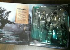 Play Arts Kai Titanfall Atlas