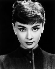 AUDREY HEPBURN STUNNING HEAD SHOT 1950' 8X10 B&W PHOTO