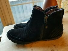 Cobb Hill booties, black suede size 8, womens