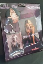 BRITNEY SPEARS 3 in 1 collectible set, acrylic keychain, magnet, tour button