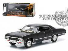 1967 CHEVROLET IMPALA SPORTS SEDAN SUPERNATURAL SERIES 1/43 BY GREENLIGHT 86441