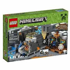 LEGO Minecraft The End Portal 21124   (559) Pieces New Sealed