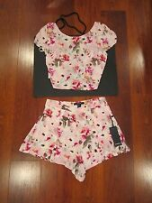 NEW FOREVER 21 SEXY SUMMER FLORAL PRINT OUTFIT SET CROP CAP SLEEVE TOP SHORT S
