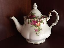 ROYAL ALBERT OLD COUNTRY ROSES BONE CHINA LARGE TEA POT -ENGLAND