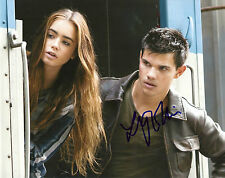 LILY COLLINS 'THE MORTAL INSTRUMENTS' ABDUCTION SIGNED 8X10 PICTURE *COA 2